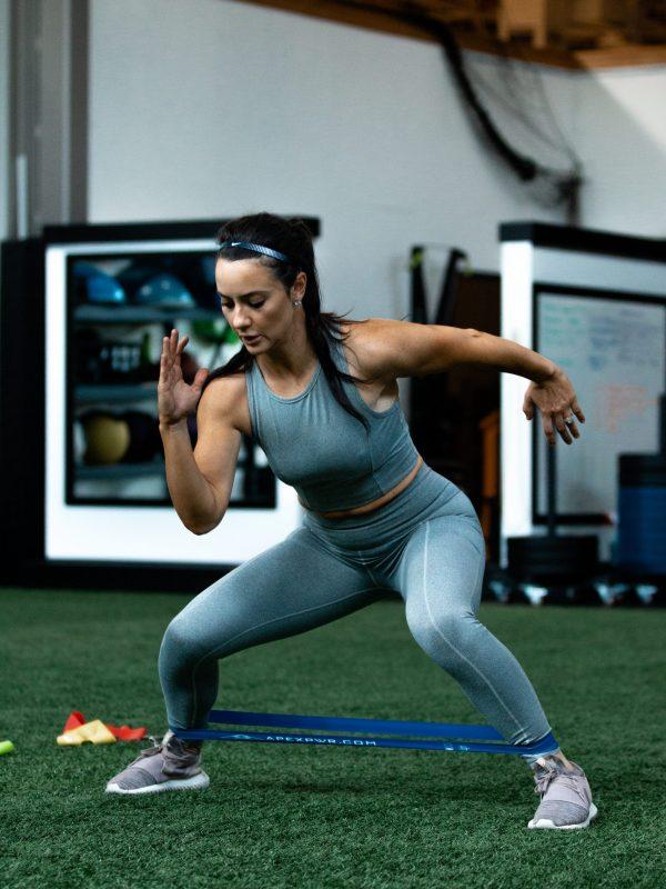 best workout, best online workout, mini band workout, online resistance band workout, athlete workout, best workout for athletes, weight loss motivation, resistance training, apexpwr, apex performance oregon, apex oregon training